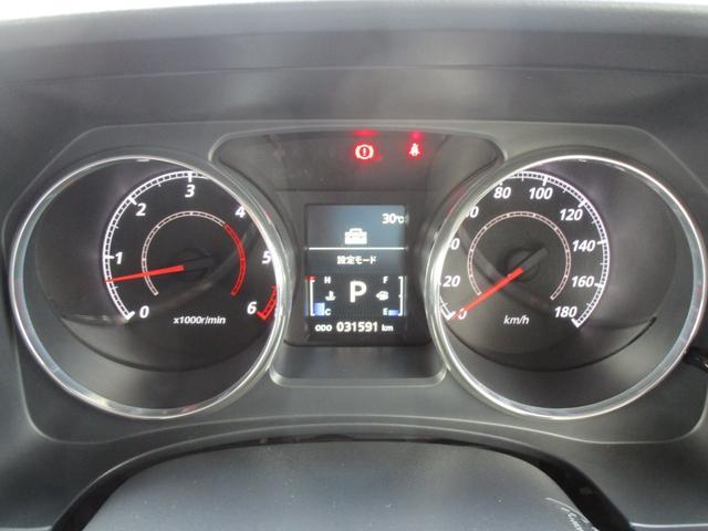 D パワーパッケージ 4WD クリーンディーゼルターボ 8人乗り アルパイン9インチメモリーナビ 10.1インチ後席モニター バックカメラ 両側電動スライドドア HIDヘッドライト クルーズコントロール ワンオーナー車(16枚目)