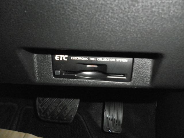 ETC付きです。高速道路の料金所もスイスイ通れますよ♪セットアップ作業も致しますのでご納車後からすぐお使いいただけます!