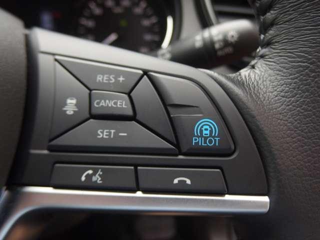 2.0 20Xi ハイブリッド 4WD 9インチナビ LED(10枚目)