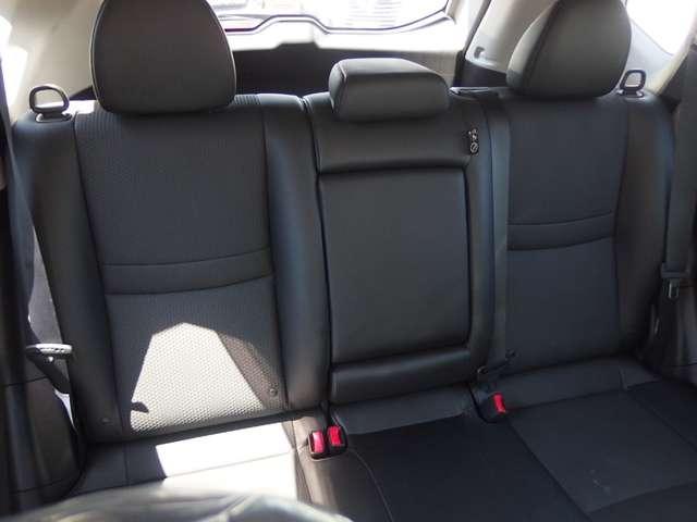 20XtブラックエクストリーマXエマジェンシブレキP 2.0 20Xt ブラック エクストリーマーX エマージェンシーブレーキパッケージ 2列車 4WD AVM 電動リアゲート 横滑(20枚目)