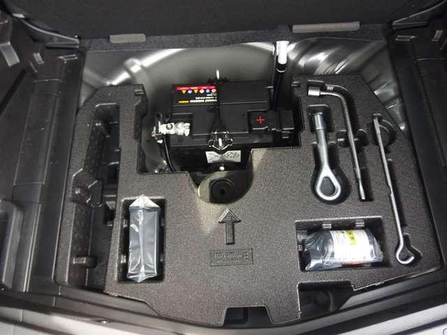 e-パワー X 当社社用車 メモリーナビ アラウンド ETC 衝突被害軽減ブレーキ LED スマートミラー インテリキー エマブレ 踏み間違い 前後ドラレコ ステアリングスイッチ 障害物センサー パンク修理キット(12枚目)