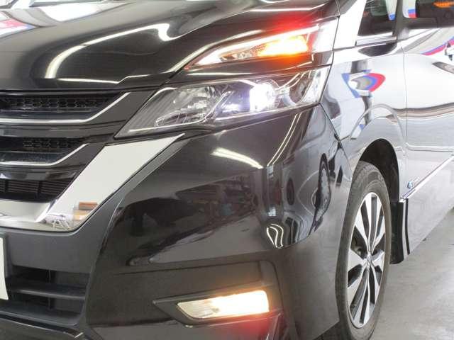 ハイウェイスター 2.0 ハイウェイスター 後席モニター メモリーナビ LEDライト バックカメラ ETC ハンズフリー両側オートスライドドア クルーズコントロール エマージェンシーブレーキ ワンオーナー 禁煙車(3枚目)