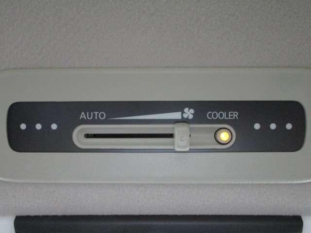 ハイウェイスター 2.0 ハイウェイスター 後席モニター メモリーナビ LEDライト バックカメラ ETC ハンズフリー両側オートスライドドア クルーズコントロール エマージェンシーブレーキ ワンオーナー 禁煙車(17枚目)