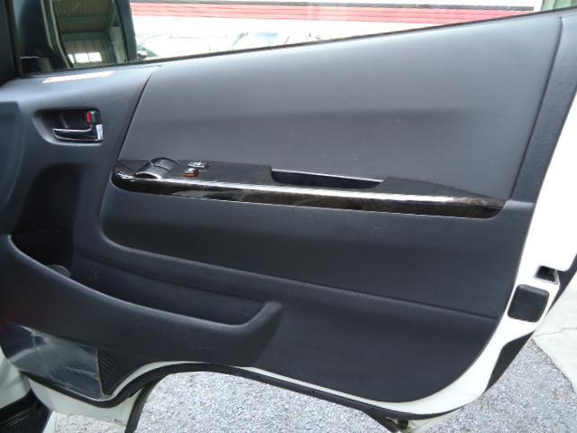 スーパーGL ダークプライムII 4WD 純正ナビTV トヨタセーフティセンス 両側パワースライドドア パノラミックビューモニター デジタルインナーミラー マルチインフォメーションディスプレイ 360度前後ドライブレコーダー(13枚目)