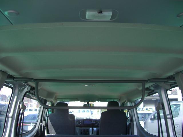 日産 NV350キャラバンバン ロングDXターボ 9人乗り ナビ ETC Wエアバック