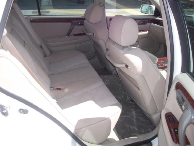 トヨタ クラウンエステート 3000アスリートG プレミアム17インチ