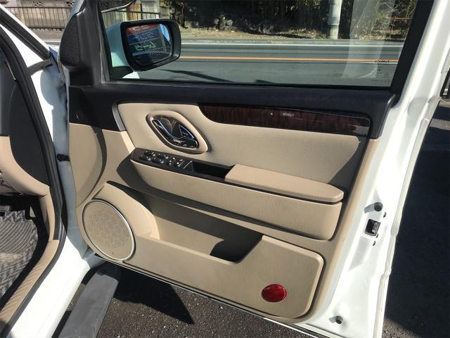 リミテッド 4WD ナビ サンルーフ バックカメラ 革シート AW オーディオ付 DVD 後席モニタ ETC 5名乗り AT AC(26枚目)