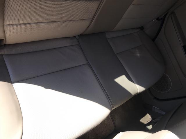 リミテッド 4WD ナビ サンルーフ バックカメラ 革シート AW オーディオ付 DVD 後席モニタ ETC 5名乗り AT AC(33枚目)
