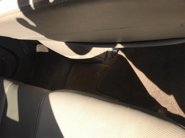リミテッド 4WD ナビ サンルーフ バックカメラ 革シート AW オーディオ付 DVD 後席モニタ ETC 5名乗り AT AC(34枚目)