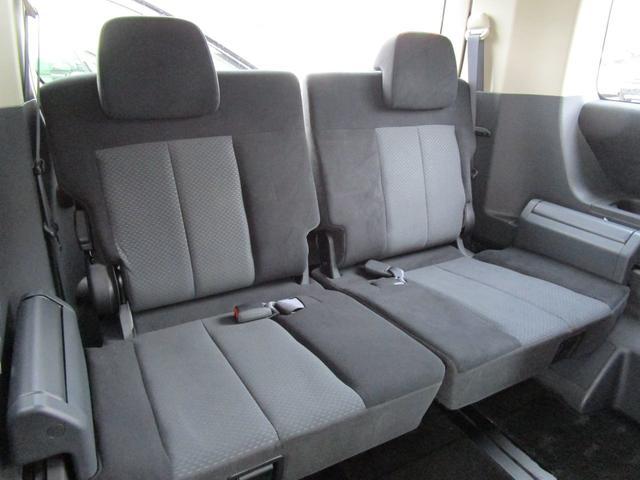 三菱 デリカD:5 2.4 G プレミアム 4WD 後席モニター 禁煙車 ETC