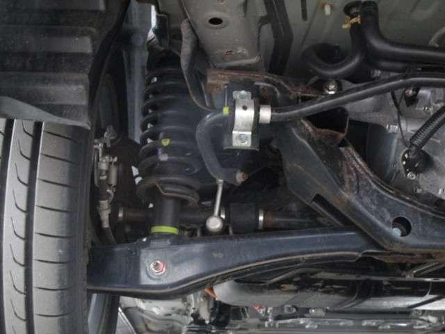 Gナビパッケージ 2.0Gナビパッケージ4WD 純正SDナビ 連動ETC 全方位カメラ 衝突被害軽減ブレーキ レーン逸脱警報 レーダークルーズコントロール サイドバイザー LEDヘッドランプ 電池残存92% AC電源無(18枚目)