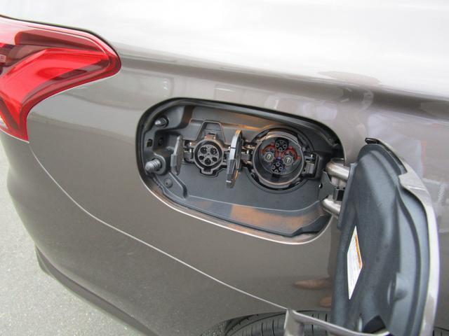 Gナビパッケージ 2.0Gナビパッケージ4WD 純正SDナビ 連動ETC 全方位カメラ 衝突被害軽減ブレーキ レーン逸脱警報 レーダークルーズコントロール サイドバイザー LEDヘッドランプ 電池残存92% AC電源無(35枚目)