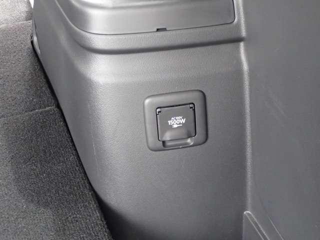 Gプレミアムパッケージ 2.0 G プレミアム 4WD 衝突被害軽減ブレーキ 誤発進抑制 コーナーセンサー レーン逸脱警報 レーダークルーズコントロール 本革パワーシート 電動テールゲート ロックフォード 充電容量83.8%(5枚目)