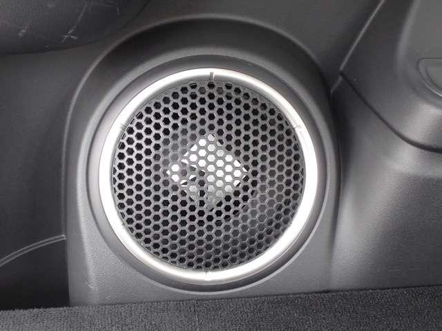 Gプレミアムパッケージ 2.0 G プレミアム 4WD 衝突被害軽減ブレーキ 誤発進抑制 コーナーセンサー レーン逸脱警報 レーダークルーズコントロール 本革パワーシート 電動テールゲート ロックフォード 充電容量83.8%(11枚目)
