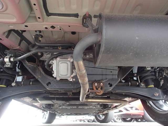 Gプレミアムパッケージ 2.0 G プレミアム 4WD 衝突被害軽減ブレーキ 誤発進抑制 コーナーセンサー レーン逸脱警報 レーダークルーズコントロール 本革パワーシート 電動テールゲート ロックフォード 充電容量83.8%(18枚目)