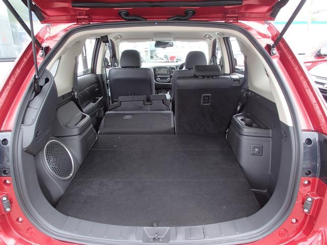 Gプレミアムパッケージ 2.0 G プレミアム 4WD 衝突被害軽減ブレーキ 誤発進抑制 コーナーセンサー レーン逸脱警報 レーダークルーズコントロール 本革パワーシート 電動テールゲート ロックフォード 充電容量83.8%(58枚目)