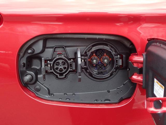 Gプレミアムパッケージ 2.0 G プレミアム 4WD 衝突被害軽減ブレーキ 誤発進抑制 コーナーセンサー レーン逸脱警報 レーダークルーズコントロール 本革パワーシート 電動テールゲート ロックフォード 充電容量83.8%(60枚目)
