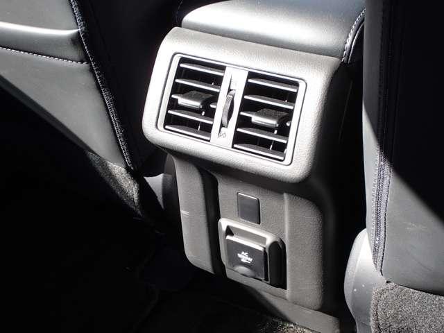 G 運転席・助手席電動シート 禁煙 後側方車両検知 AC100V電源 衝突被害軽減ブレーキ レーダークルーズコントロール 前後誤発進抑制 クラリオンナビ 全方位カメラ シートヒータ 電動パーキングブレーキ(16枚目)