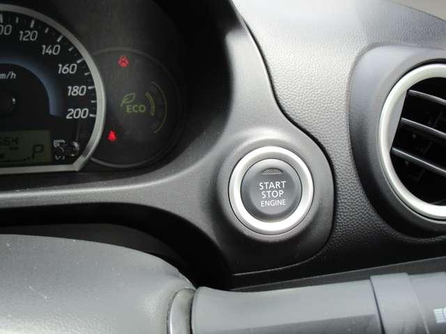 G 禁煙 7型ワイドナビ ワンセグTV CDチューナー バックカメラ アイドリングストップ ETC オートエアコン 電動格納ミラー リヤゲートスポイラー エンジンプッシュ ドアバイザー ワンオーナー(16枚目)