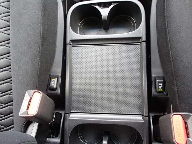 G パワーパッケージ 8人乗 クリーンディーゼル 禁煙車 オーディオレス 衝突被害軽減ブレーキ 車線逸脱警報装置 レーダークルーズコントロール 両側電動スライドドア 電動テールゲート シートヒーター パワーシート ワンオーナー オンライン相談可能(44枚目)