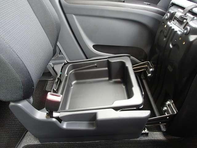 S 1200cc ガソリン車 インパネCVT 禁煙 オーディオレス ETC車載器 両側電動スライドドア 衝突被害軽減ブレーキ クルーズコントロール 純正アルミホイール メッキグリル シートバックテーブル ワンオーナー オンライン相談可能(46枚目)