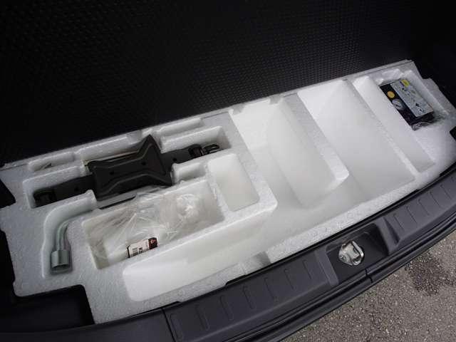 S 1200cc ガソリン車 インパネCVT 禁煙 オーディオレス ETC車載器 両側電動スライドドア 衝突被害軽減ブレーキ クルーズコントロール 純正アルミホイール メッキグリル シートバックテーブル ワンオーナー オンライン相談可能(55枚目)