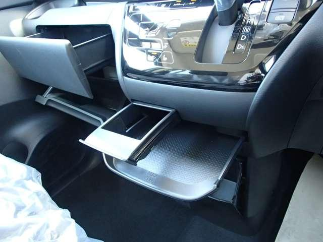 T  4WD ターボ車 インパネCVT パドルシフト付き 先進安全・快適・後席-Cパッケージ 届出済未使用車 両側電動スライドドア シートヒーター 純正15インチアルミ 衝突被害軽減ブレーキ 踏み間違え防止アシスト コーナーセンサー(前後)オンライン相談可能(45枚目)