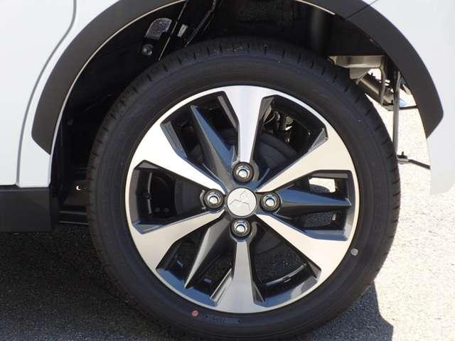 T 安全・快適・後席PKG 届出済未使用ターボ 4WD 左右電動スライドドア 全方位カメラ フルエアバック マイパイロット コーナーセンサー 横滑り防止装置 フォグランプ 電動格納リモコンドアミラー 禁煙(18枚目)