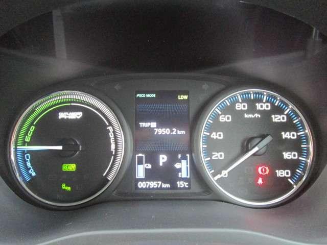 2.0 G ナビパッケージ 4WD AC1500W電源(15枚目)