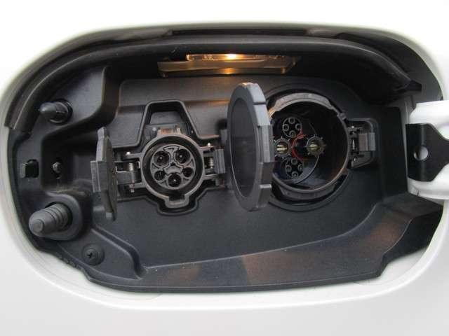 2.0 G ナビパッケージ 4WD 純正メモリーナビ(18枚目)