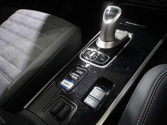 2.4GプラスPKG 4WD ナビ 電温 サンルーフ 誤発進(13枚目)