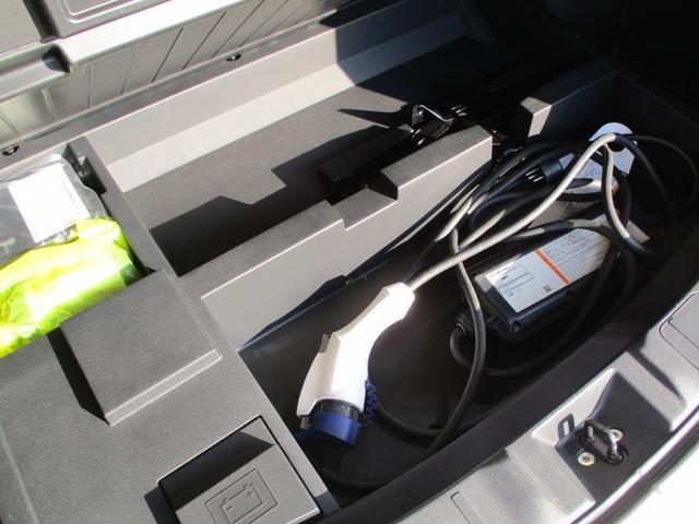 2.0GナビPKG 4WD 禁煙車 1500W電源 ナビ(43枚目)