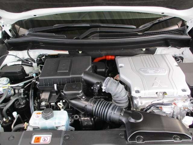 2.4Gプラスパッケージ4WD 禁煙車 1500W電源 ナビ(16枚目)