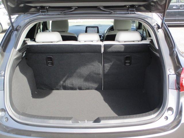 15XD Lパッケージ 2WD 5人乗り ディーゼルターボ 禁煙 BOSEサウンドシステム ETC2.0 純正ナビ 本革シートホワイト 衝突被害軽減ブレーキ 誤発進抑制機能 車線逸脱警報システム 後側方/後退時車両検知警報システム パーキングセンサー LED(57枚目)