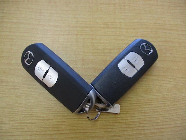 15XD Lパッケージ 2WD 5人乗り ディーゼルターボ 禁煙 BOSEサウンドシステム ETC2.0 純正ナビ 本革シートホワイト 衝突被害軽減ブレーキ 誤発進抑制機能 車線逸脱警報システム 後側方/後退時車両検知警報システム パーキングセンサー LED(77枚目)