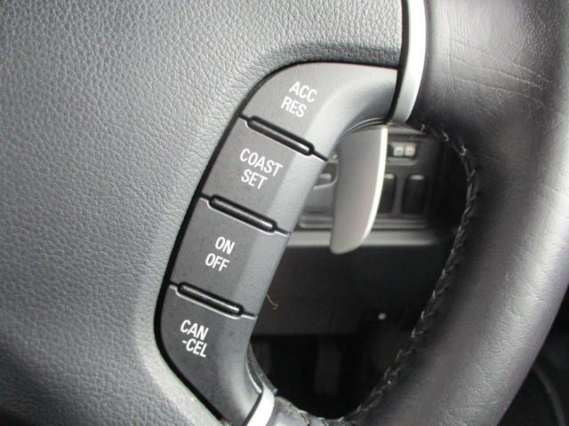 2.2L シャモニー 4WD ディーゼル 8人乗り 8ナビ カロッツェリア10.2インチ後席モニター クルーズコントロール ハーフウッドステアリング パワーシート シートヒーター オートライト 両側電動スライド バックカメラ ETC リヤクーラー 喫煙車(64枚目)