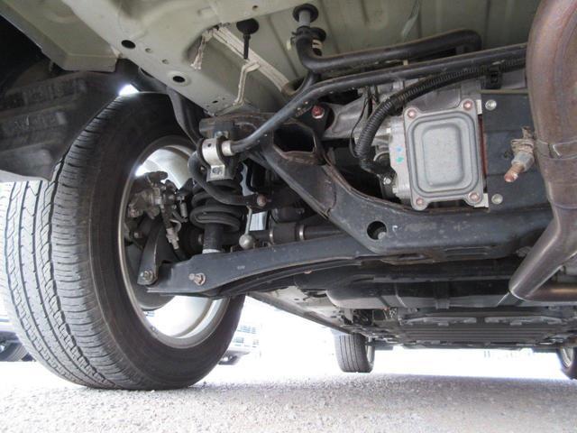 2.0L Gナビパッケージ 4WD 5人乗り 急速充電 禁煙 衝突被害軽減ブレーキ 車線逸脱警報システム レーダークルーズコントロール 純正7インチSDナビ サイド/バックカメラ 電動テールゲート ETC オートライト HID フォグランプ 残存容量76%(30枚目)
