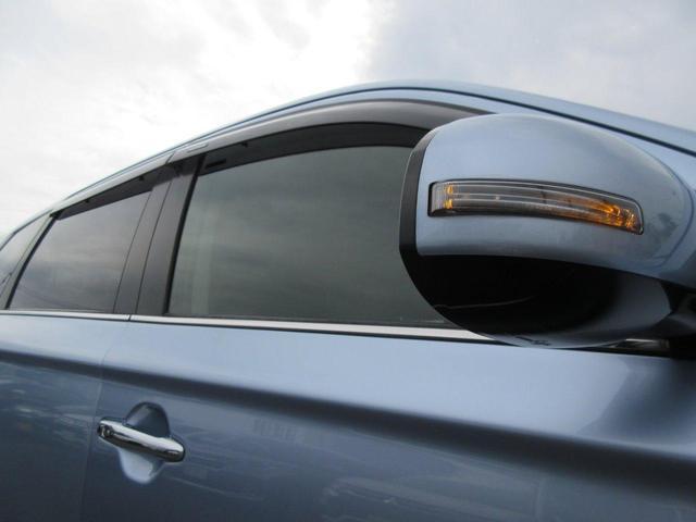 2.0L Gナビパッケージ 4WD 5人乗り 急速充電 禁煙 衝突被害軽減ブレーキ 車線逸脱警報システム レーダークルーズコントロール 純正7インチSDナビ サイド/バックカメラ 電動テールゲート ETC オートライト HID フォグランプ 残存容量76%(40枚目)