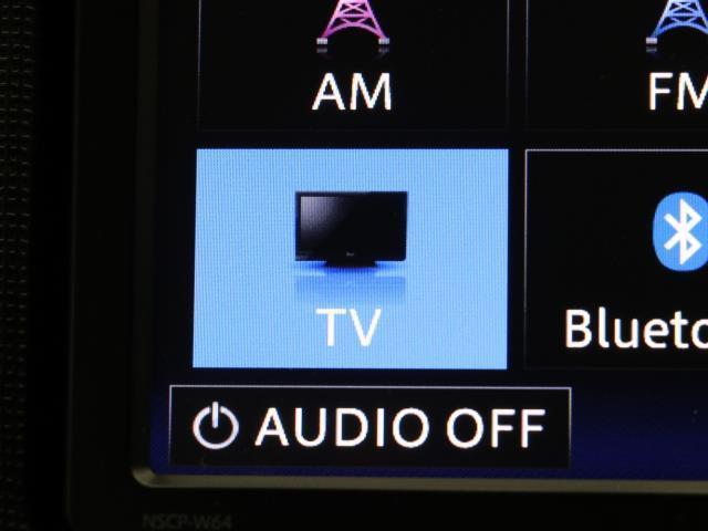 F 電動スライドドア アイドリング HID メモリーナビ ワンセグ ETC ナビTV CD キーレス インテリキー リアカメラ ウォークスルー エアコン エアバッグ パワーウィンドウ 横滑り防止 記録簿(9枚目)