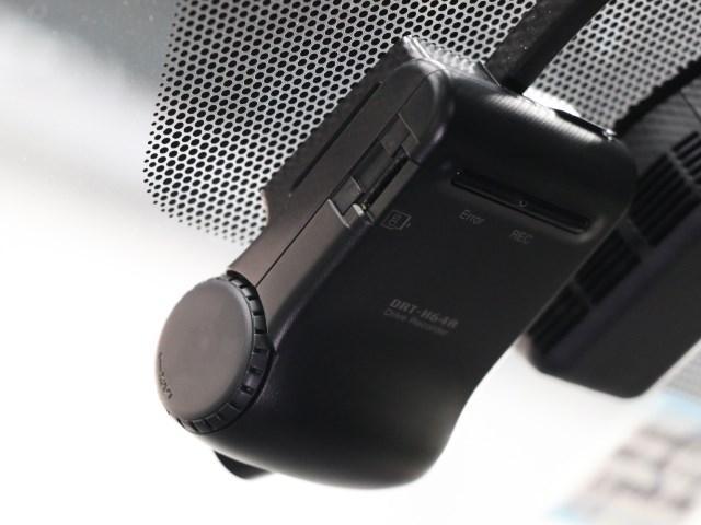 ハイブリッドXi ドライブレコーダー・SDナビ・フルセグ(13枚目)