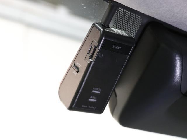 GL LEDヘッドライト フルセグTV Bカメラ 後席モニタ CD キーレスキー ワンオーナー車 3列シート DVD再生 ナビTV 盗難防止システム 記録簿 ABS ドライブレコーダー AW ETC装備(11枚目)