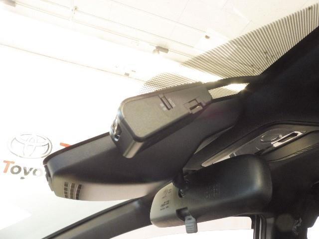 ZS TRDエアロ 18インチアルミ ETC付き Rカメラ 両側オートスライドドア オートクルーズ LED メモリーナビ付 ナビTV スマートキ- キーレス DVD再生 フルセグ イモビライザー 記録簿(14枚目)