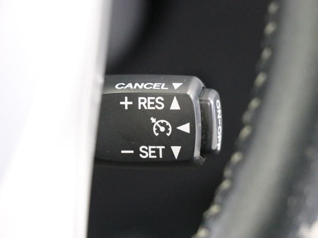 G AUX 横滑り防止機能 LED付 TVナビ エアロ ワンオナ パワステ メモリナビ ABS DVD 記録簿 オートエアコン エアバック 盗難防止システム パワーウィンドウ キーレスエントリ- WエアB(14枚目)