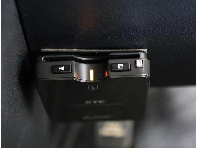 G Dレコ 3列 リアカメラ スマキー メモリ-ナビ キーフリー TVナビ ETC イモビライザー CD ワンセグTV 記録簿 ABS ウォークスルー ワンオーナカー 両側電動D 横滑り防止 緊急ブレーキ(10枚目)