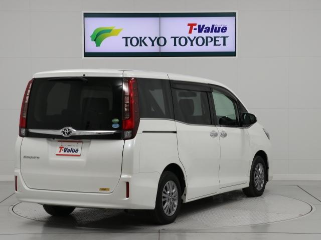 トヨタ エスクァイア Gi メモリナビ 1オーナー LEDヘッドライト 7人乗り