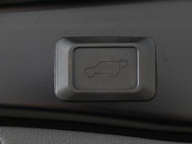 G Zパッケージ 衝突軽減B LEDヘッドライト ETC バックカメラ ナビTV ドラレコ AW フルセグ キーレス オートクルーズコントロール スマートキ 電動シート AWD DVD イモビライザー(17枚目)