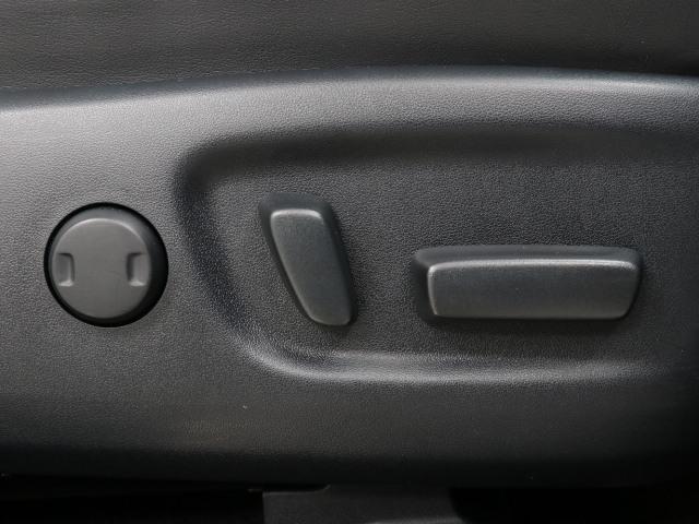 エレガンス G's SDナビ Bモニター LEDライト(13枚目)