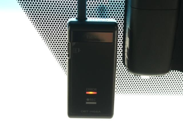 プレミアム メタル アンド レザーパッケージ 4WD スマートキー ETC サポカー サンルーフ レザー(9枚目)