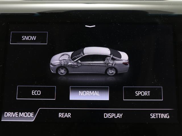 G-エグゼクティブ 黒革シート ムーンルーフ バックカメラ メモリーナビ ETC フルセグ LED ドライブレコーダー 衝突被害軽減ブレーキ アルミ スマートキー ナビテレビ パワーシート DVD(10枚目)