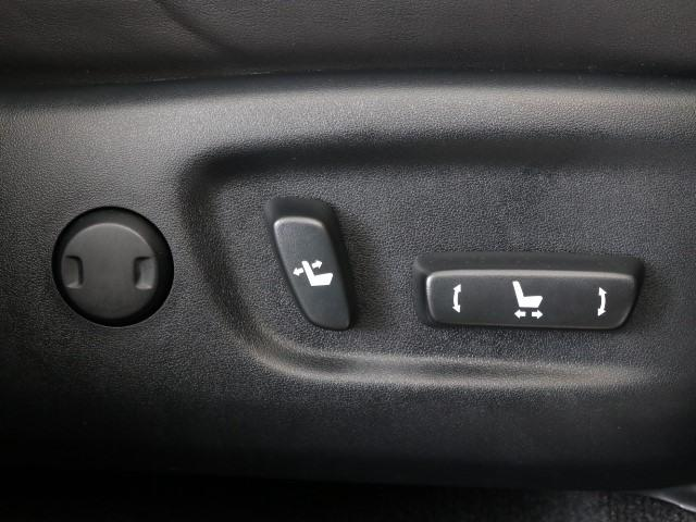 「トヨタ」「ハリアーハイブリッド」「SUV・クロカン」「東京都」の中古車12